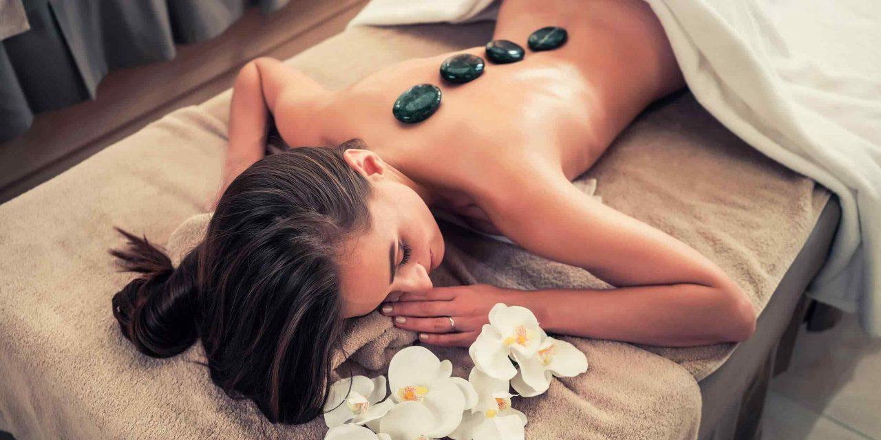 https://www.mcubestudio.com.au/wp-content/uploads/2018/10/spa-stone-massage-3-1280x640.jpg